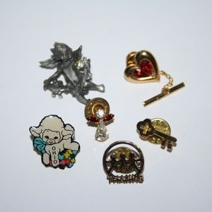 Bundle of 6 vintage pins